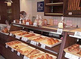 手づくりパン 薫々堂様